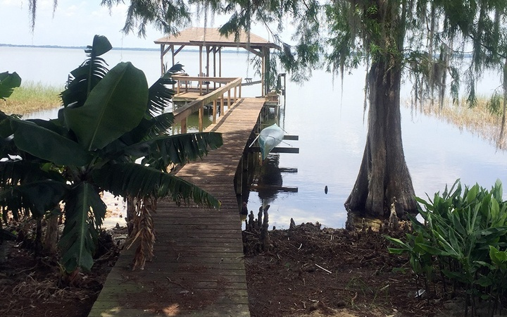 Lake Eustis Home